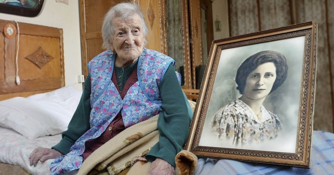 This 116-year-old Italian woman is the oldest person in the world...what are her secrets?          [ Brightside ]