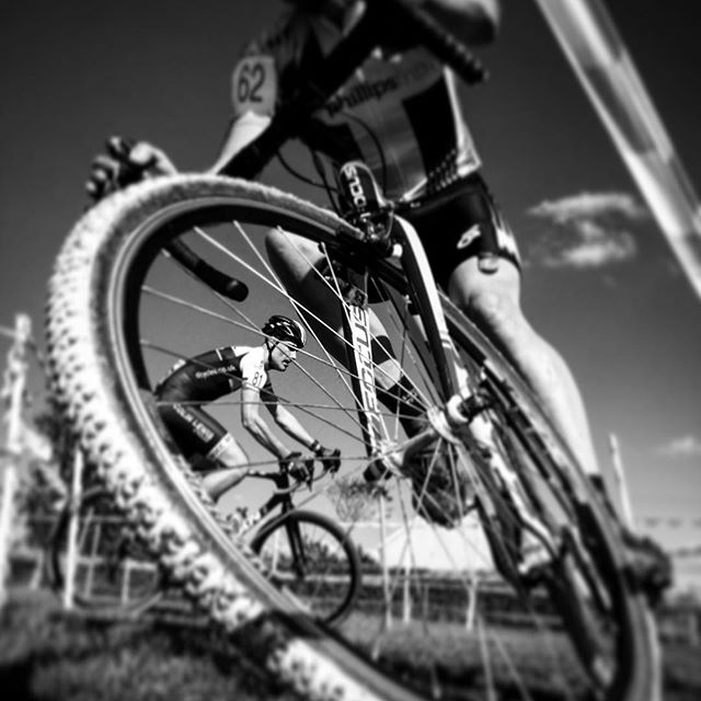 Close up and personal. #cyclocross #cyclocrossbike #cyclocrosslife #cyclocrossrace #tawvelo #cycling #roadcycling #barnstaple #fromwhereiride #outsideisfree #cyclinglife #bikelife #cyclingphotos #instacycling #bikestagram