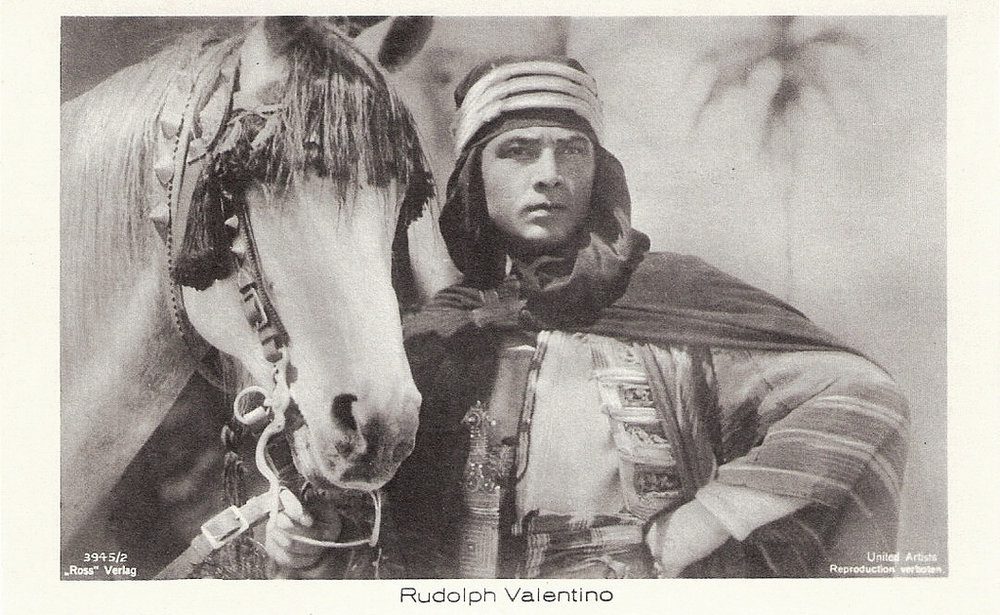 Rudolph Valentino in 'The Son of the Sheik' (1926).jpg