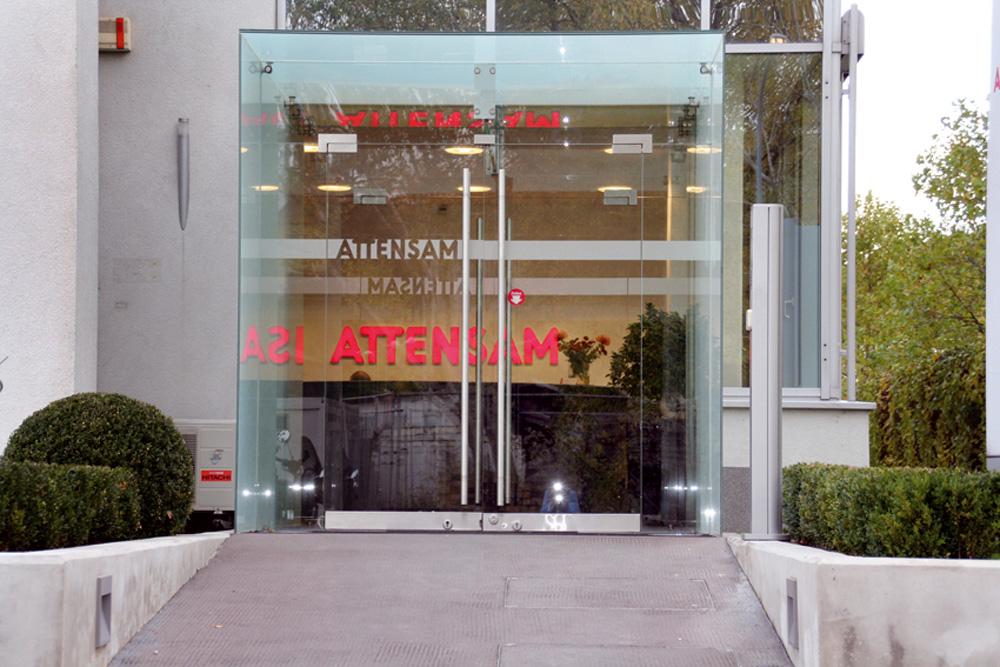 web-Attensam-Entrance.jpg