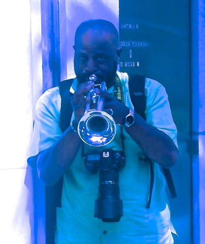 blu-ronald.jpg