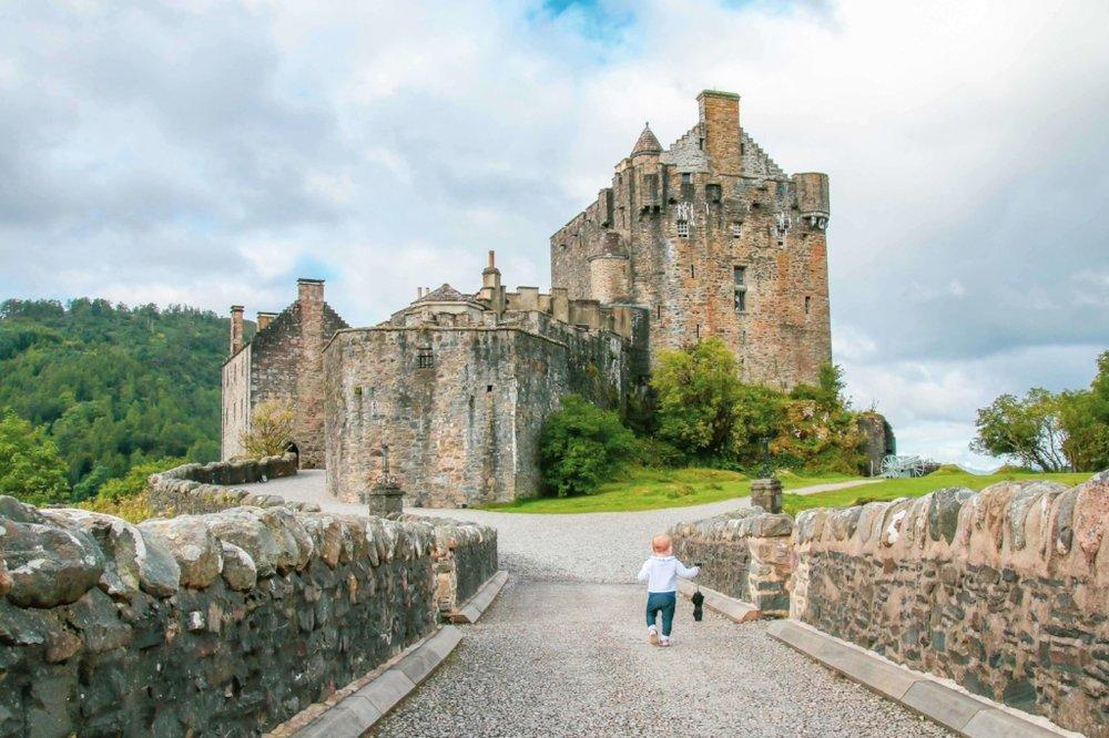 eleanor-travels-the-world-scotland-post.jpg