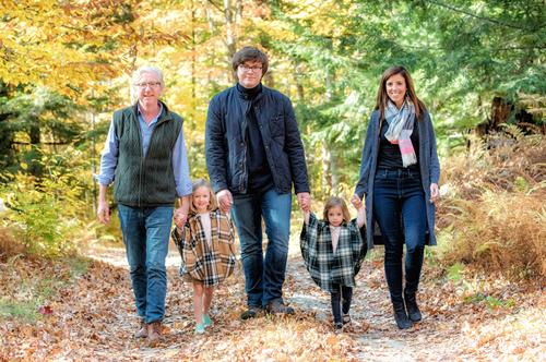FAMILIES & KIDS -