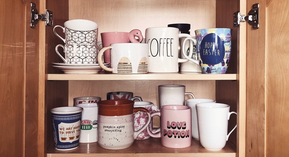 my favorite festive mugs