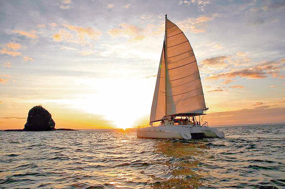private boat tour cruise papagayo peninsula private catamaran