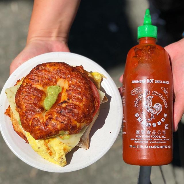 I don't think you understand: WE. HAVE. SRIRACHA. #yourewelcome #srirachaislife #eggelsforday #shackcoffee