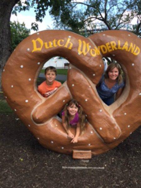 Dutch Wonderland Pretzel