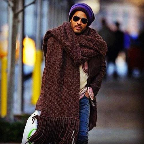 lenny-kravitz-giant-scarf