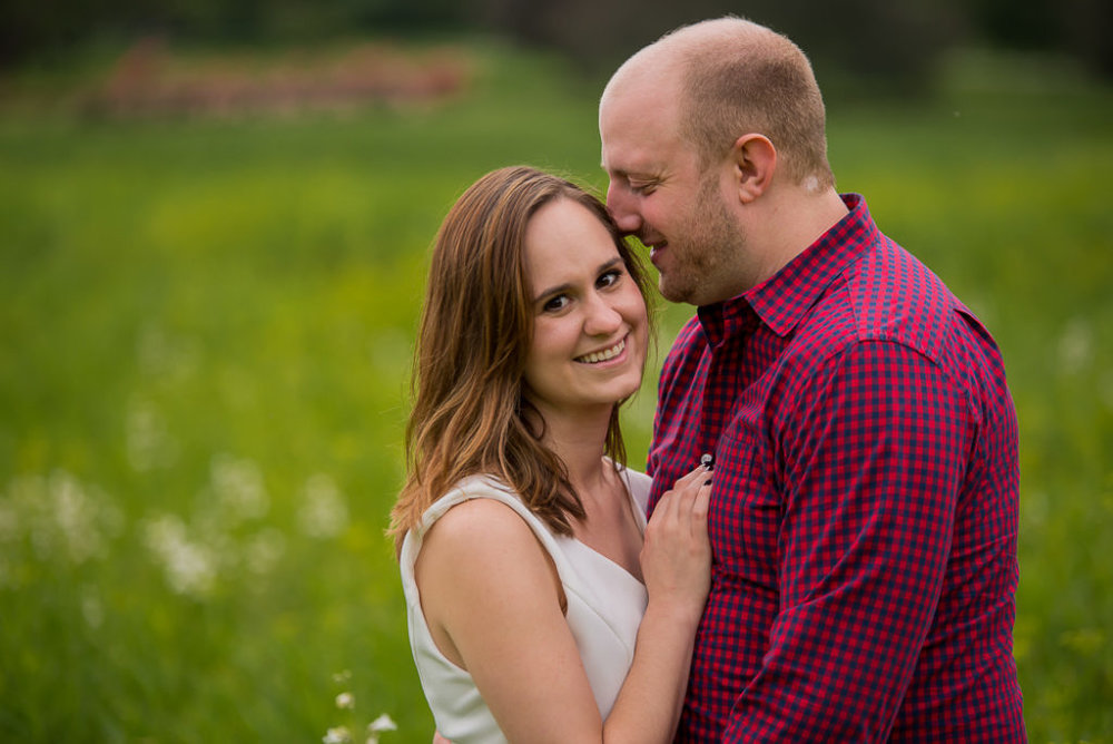 cantigny-park-engagement-session-14-of-20-1024x684.jpg
