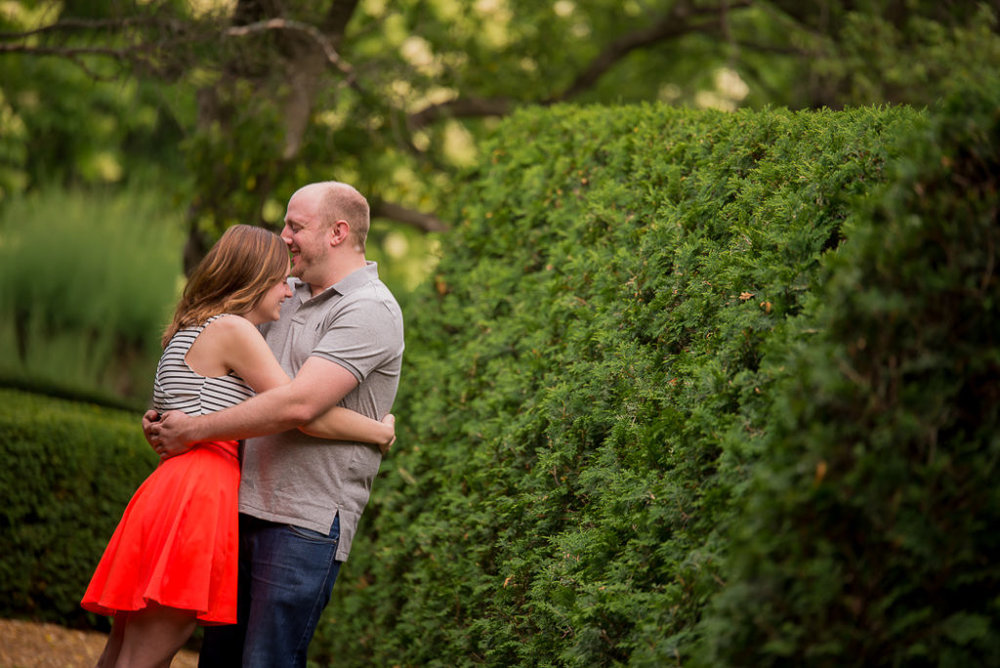 cantigny-park-engagement-session-4-of-20-1024x684.jpg