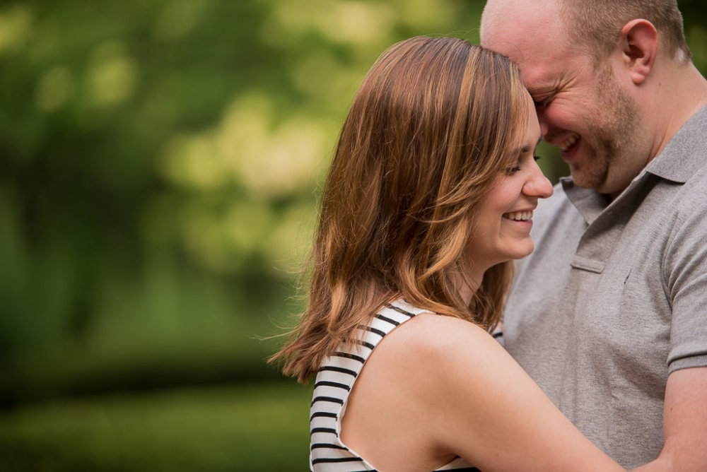 cantigny-park-engagement-session-7-of-20-1024x684.jpg