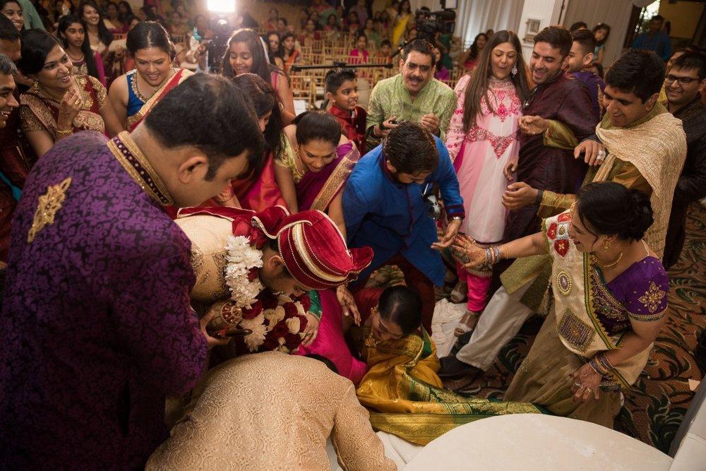 Ashton Place Hindu Wedding Photographer-45
