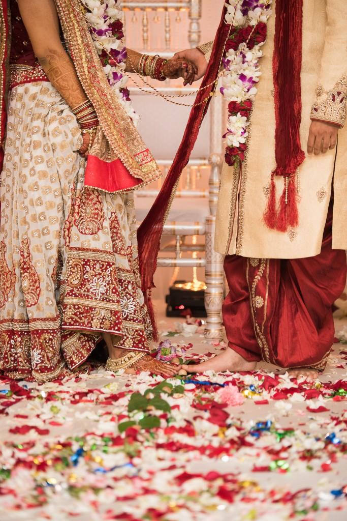 Ashton Place Hindu Wedding Photographer-93