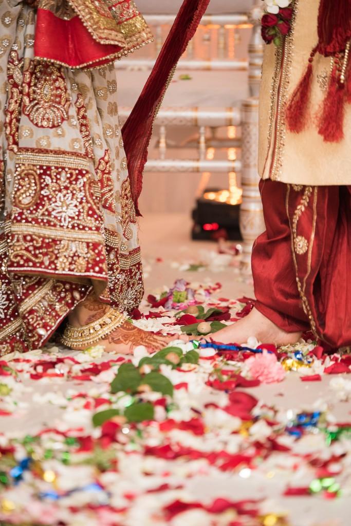 Ashton Place Hindu Wedding Photographer-94