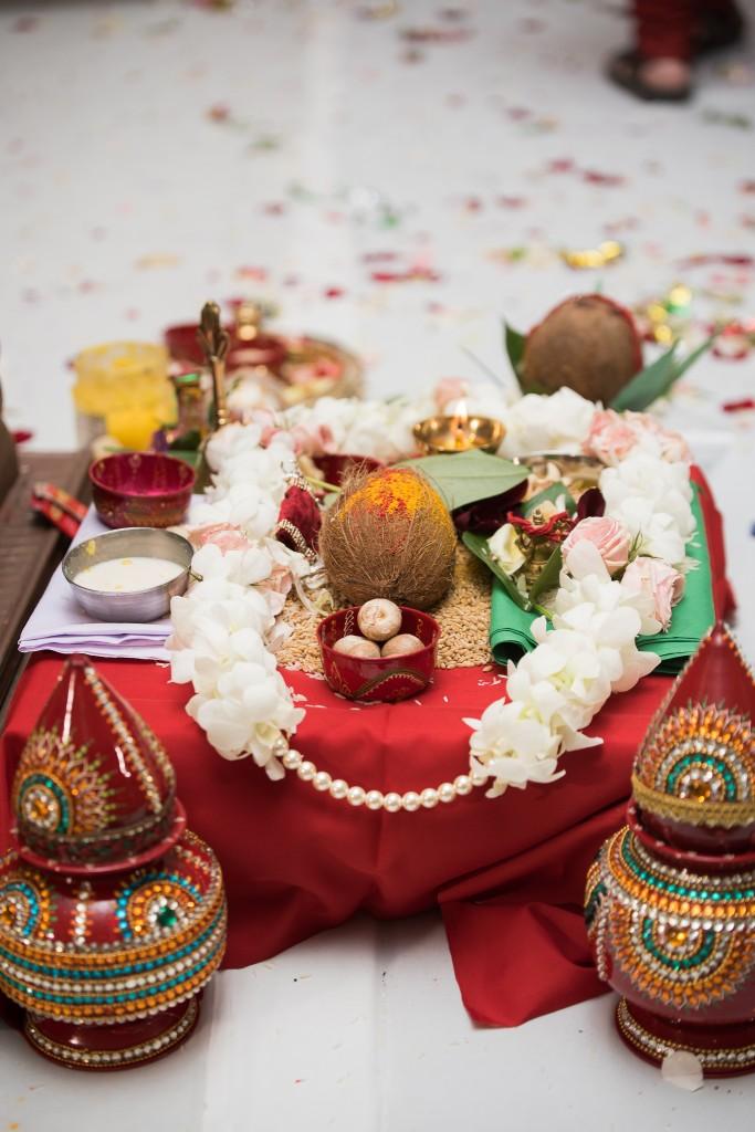 Ashton Place Hindu Wedding Photographer-98