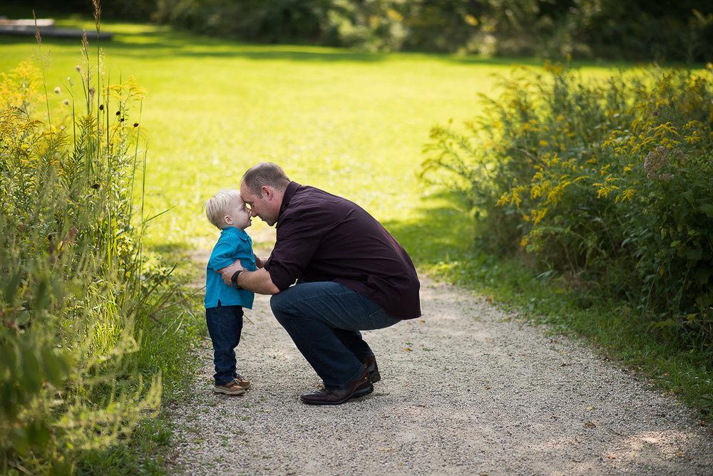 glenview-family-portrait-photographer-2-of-15.jpg
