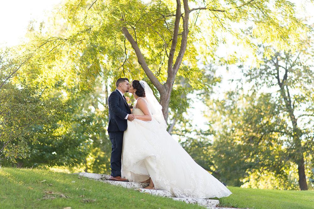 tuscany-falls-wedding-photographer-148-of-119.jpg
