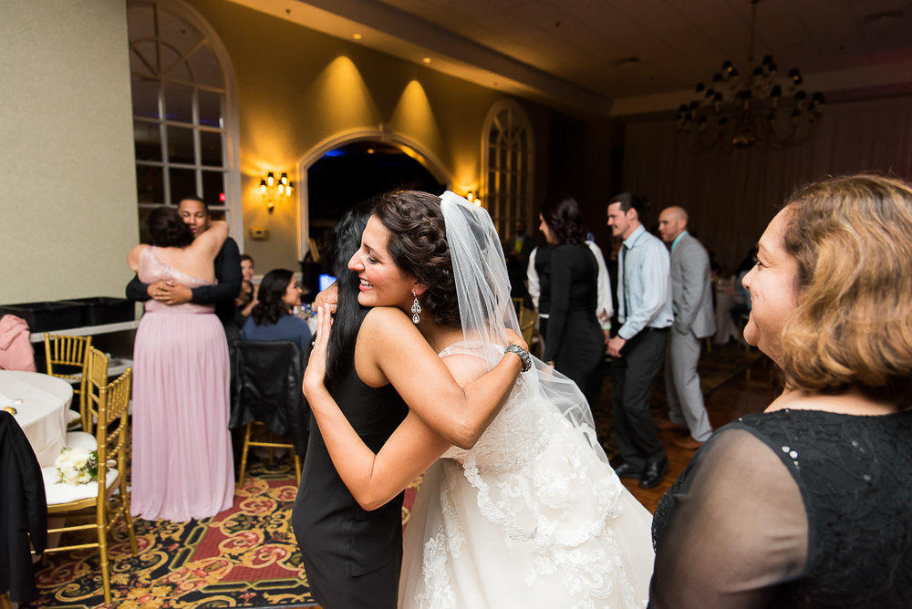 tuscany-falls-wedding-photographer-203-of-119.jpg