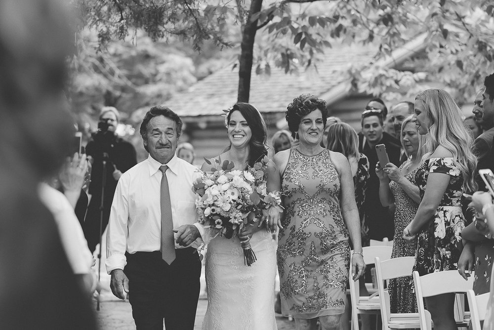 starved-rock-wedding-photographer-357-of-869.jpg