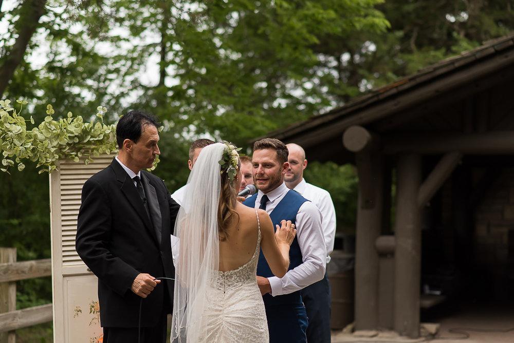 starved-rock-wedding-photographer-419-of-869.jpg