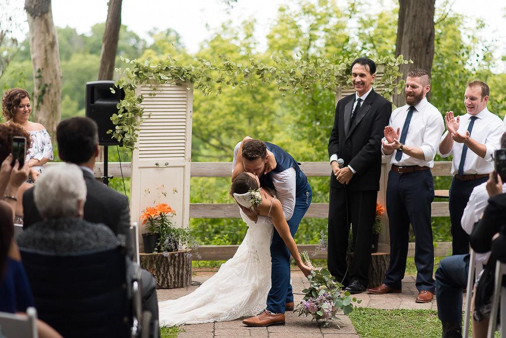 starved-rock-wedding-photographer-450-of-869.jpg