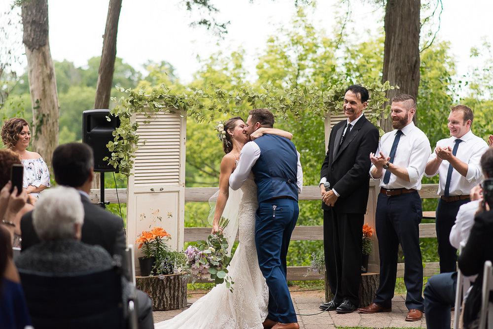 starved-rock-wedding-photographer-453-of-869.jpg
