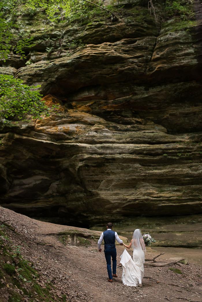starved-rock-wedding-photographer-51-of-869.jpg