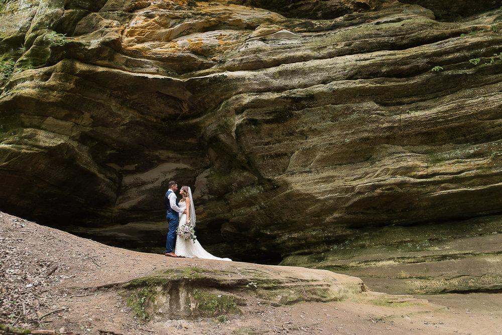 starved-rock-wedding-photographer-52-of-869.jpg