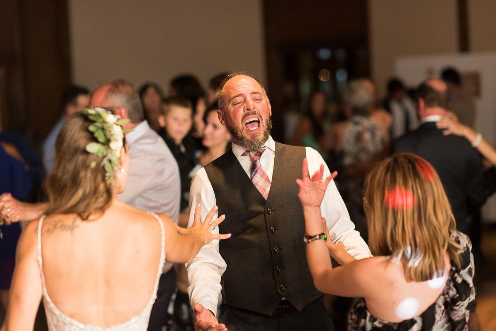starved-rock-wedding-photographer-675-of-869.jpg