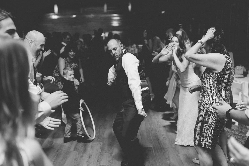 starved-rock-wedding-photographer-691-of-869.jpg