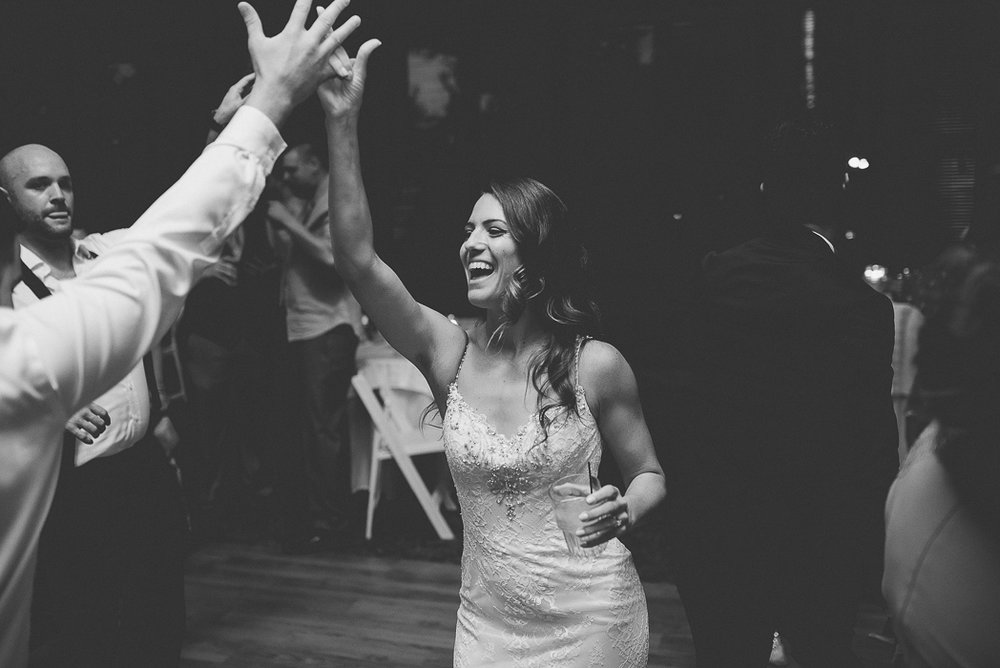 starved-rock-wedding-photographer-735-of-869.jpg