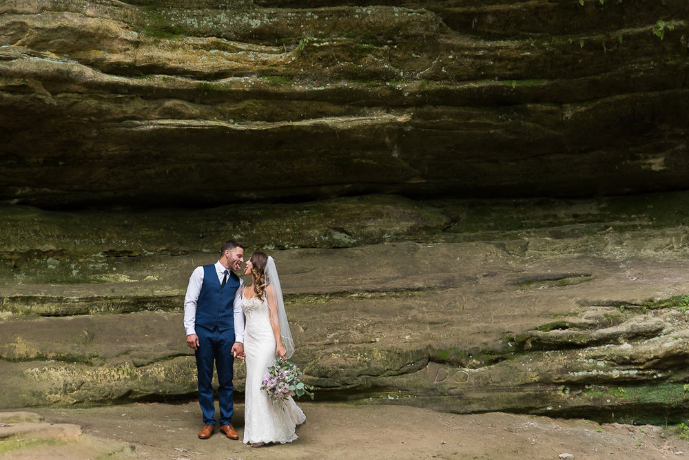 starved-rock-wedding-photographer-77-of-869-1.jpg