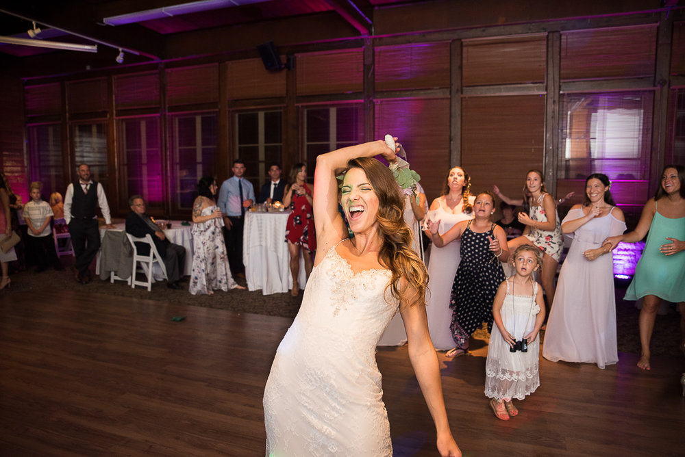 starved-rock-wedding-photographer-809-of-869.jpg