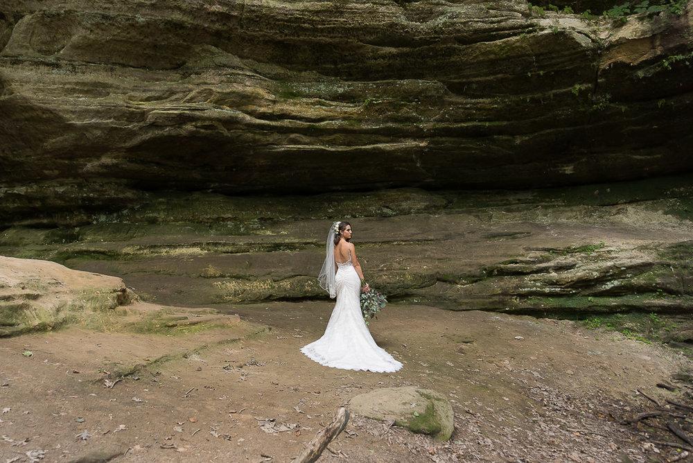 starved-rock-wedding-photographer-87-of-869.jpg