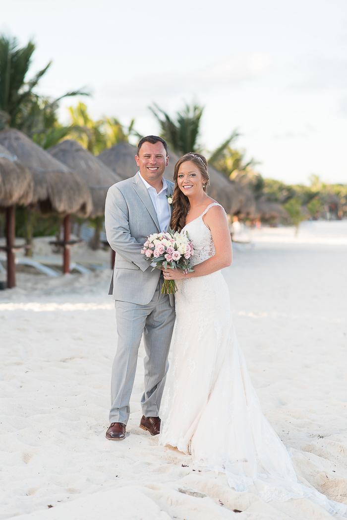 riviera-maya-destination-wedding-photographer-60-of-151.jpg
