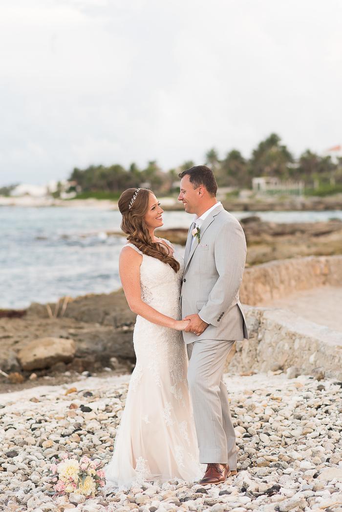 riviera-maya-destination-wedding-photographer-75-of-151.jpg