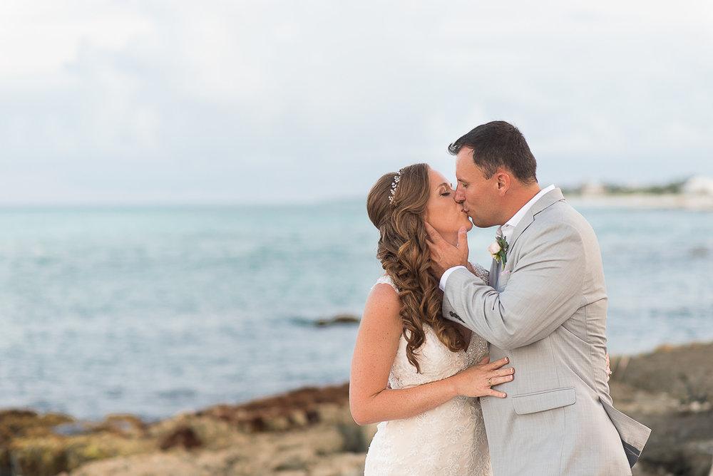 riviera-maya-destination-wedding-photographer-78-of-151.jpg