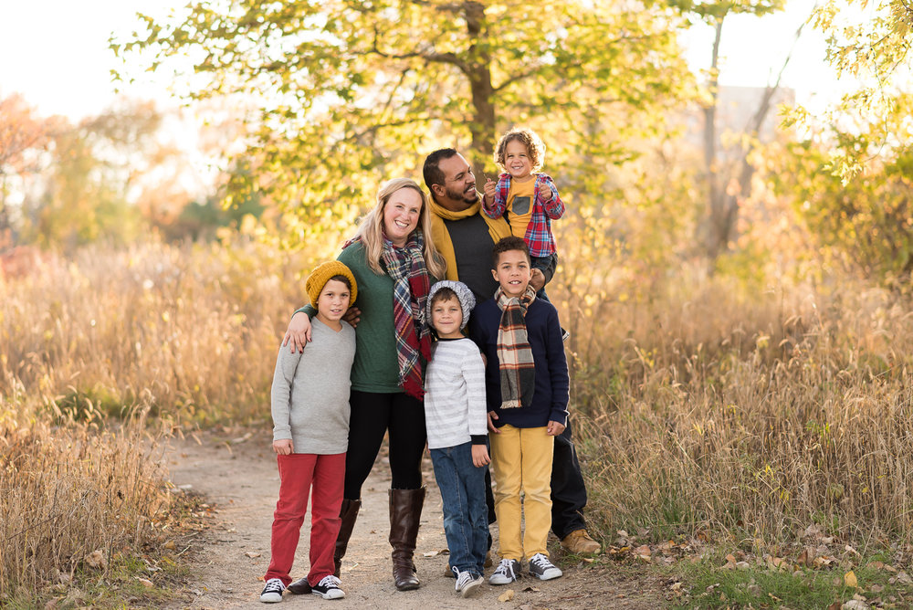 Chicago Outdoor Family Portrait Session  (1 of 5).jpg