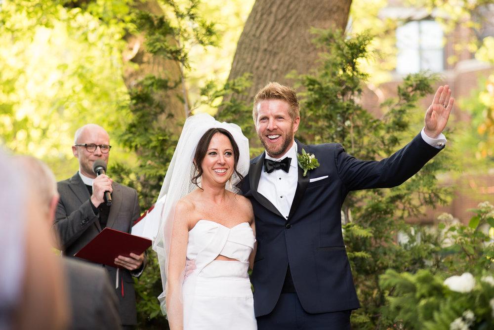 Arlington-Heights-Wedding-Ceremony-Photographer
