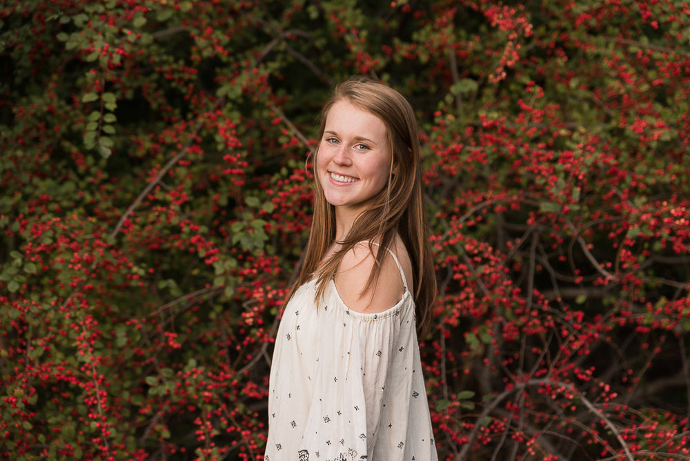 wheaton-high-school-senior-photographer-8-of-8.jpg