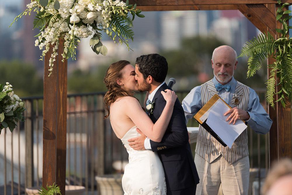 lacuna-artist-loft-wedding-photographer-70-of-152.jpg