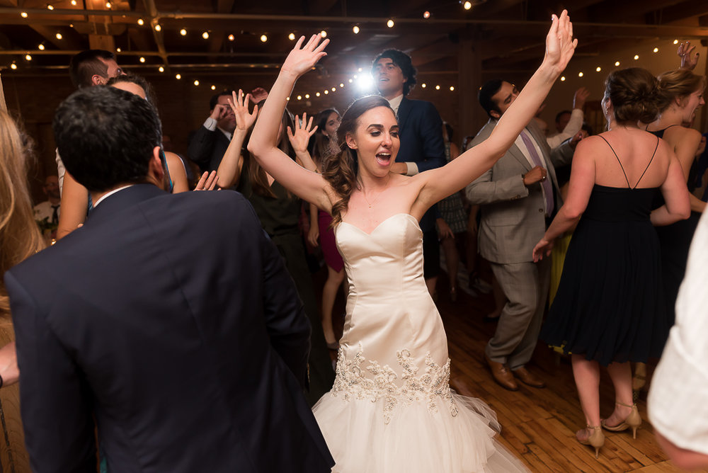 lacuna-artist-loft-wedding-photographer-137-of-152.jpg