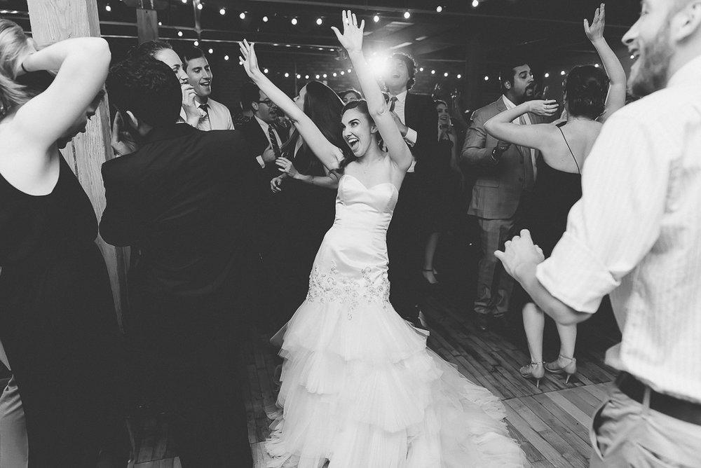 lacuna-artist-loft-wedding-photographer-139-of-152.jpg