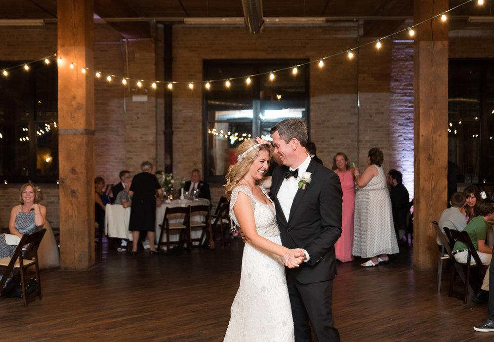 Lacuna Lofts Wedding, Lacuna Lofts Wedding Photographer, Lacuna Lofts Wedding Photographer, Chicago Wedding Photographer (82 of 99).jpg