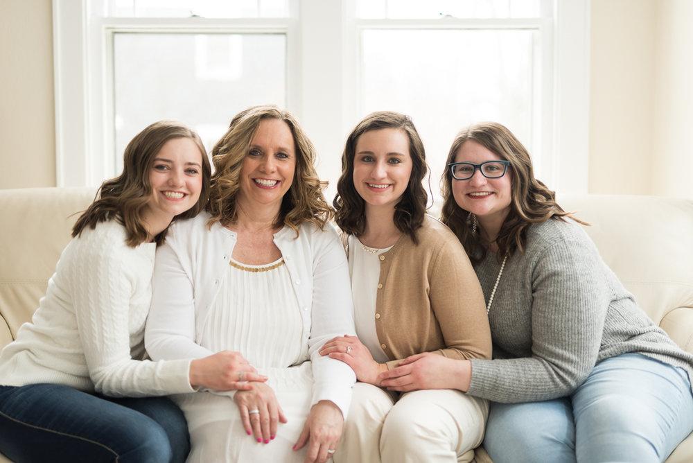 Glenview Family Portrait Photographer, Glenview Family Portrait Photography, Ashley Hamm Photography, Northwest Suburbs Family Photographer, Cook County Family Photographer (20 of 21).jpg