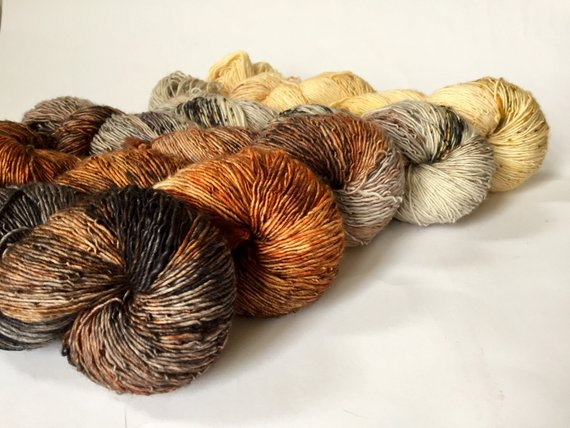 THE URBAN PURLThe Urban Fade - Five skeins of glorious color - Merino Singles SET -URBAN FADEPre- Order -semi-tonal/speckle fade, black/grey/brown/rust/orange/yellow - hand dyed sock 4 Ply1,830m 500g$113.62