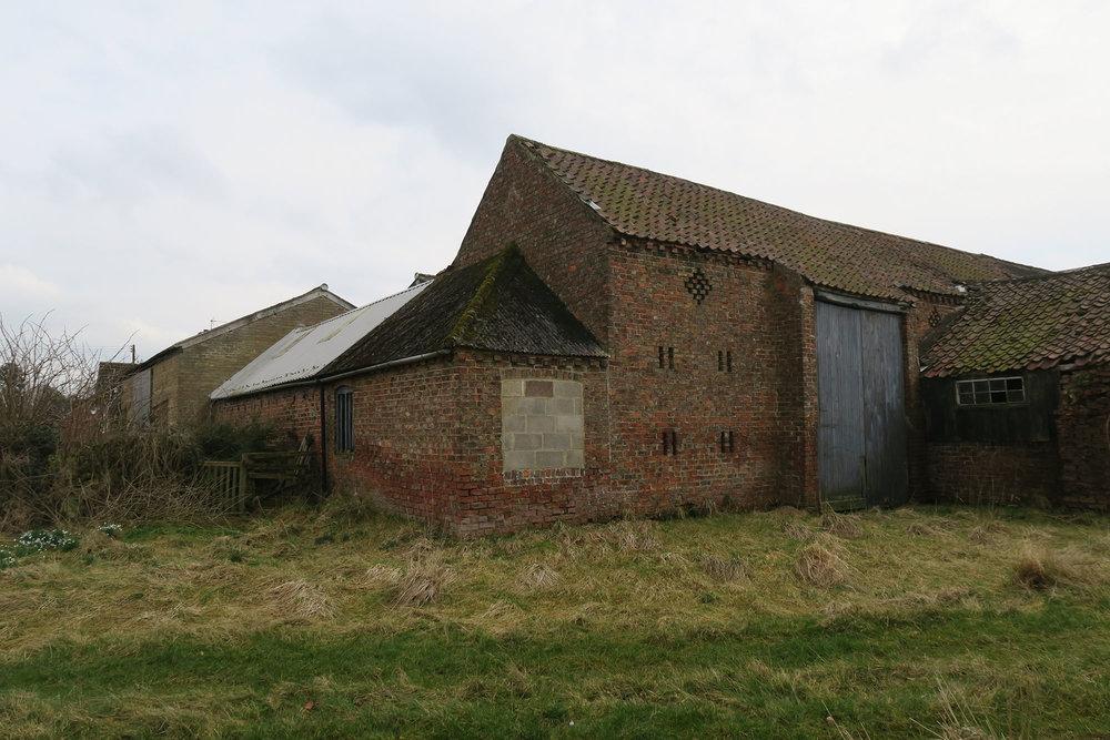 Niven - Village Farm 2.jpg