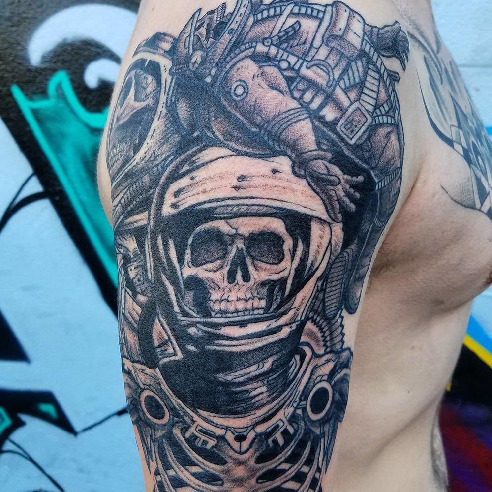 Skull Tattoo Deep Sea Diver Aquatic Skeleton
