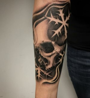 Custom Black and Grey Skull and Snowflakes  Tattoo by Salvador Diaz at Certified Tattoo Studios in Denver Co (38).jpg