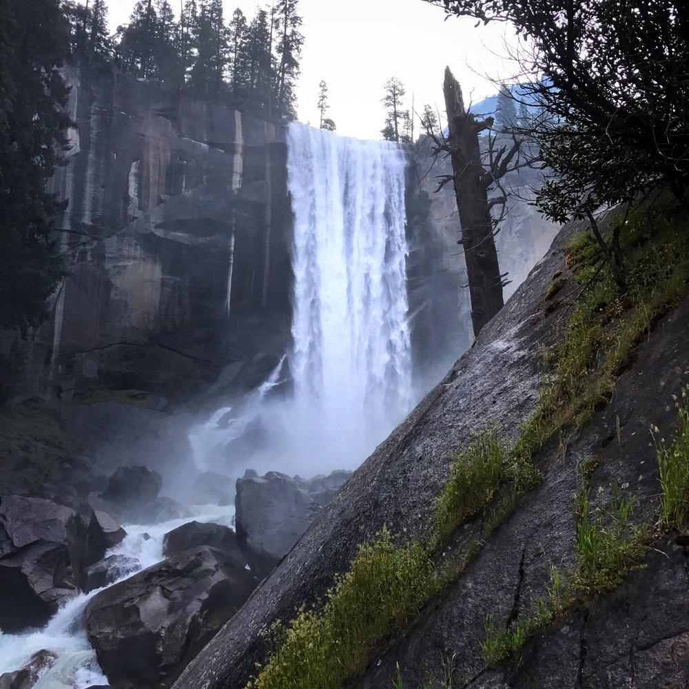 vernal falls off the mist trail